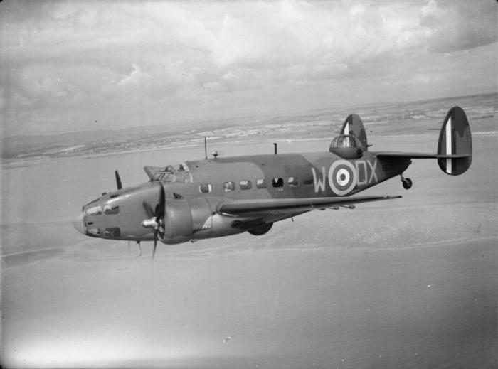 American_Aircraft_in_RAF_Service_1939-1945-_Lockheed_L-214_and_L-414_Hudson._CH996