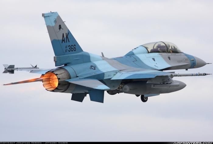 F-16DAlaska3.jpg